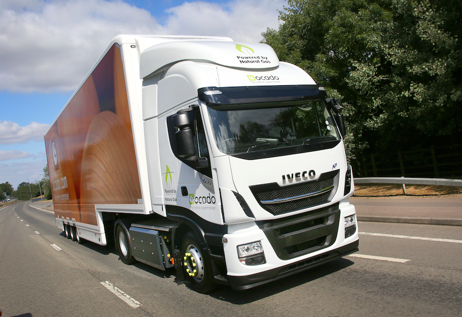 Drive Now. Pay Later – IVECO launches new finance offers with 6-months' deferred payments and 5-year R&M contracts on Stralis heavy trucks