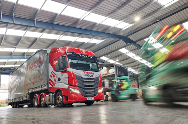 Moody Logistics & Storage refreshes artic fleet with pair of new IVECO S-WAY tractors