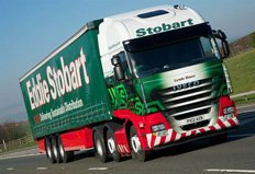 Eddie Stobart puts Iveco ECOSTRALIS duo to the test