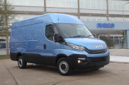 Multi-award-winning Daily reaps further recognition as Euro 6 model wins the coveted Large Van of the Year award