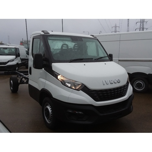 IVECO 35S12, CHASSIS CAB, 3750 W/B, 3.5T