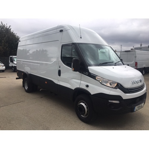 Iveco Daily ( EU6 ) 4750 Hi-Matic 70C18 PANEL / 750KG CANTILEVER T/LIFT