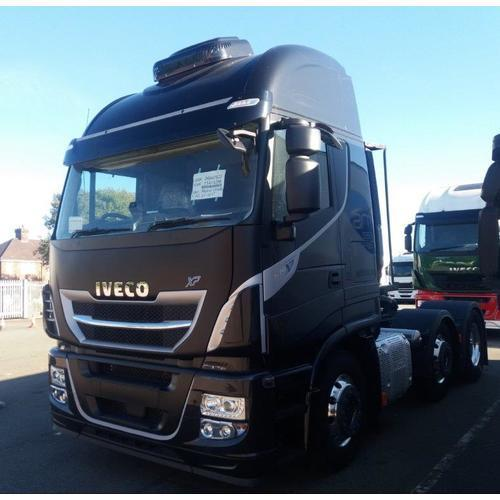 Iveco Stralis AS440S51TX/P XP Black Truck
