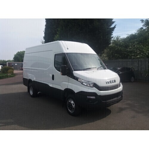 Iveco Daily 35C15 12Cu Twin Rear Wheel Van with Towbar