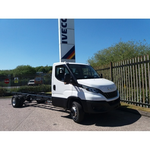 Iveco Daily MY19 72C18A8 Automatic Chassis Cab 5100mm Wheelbase