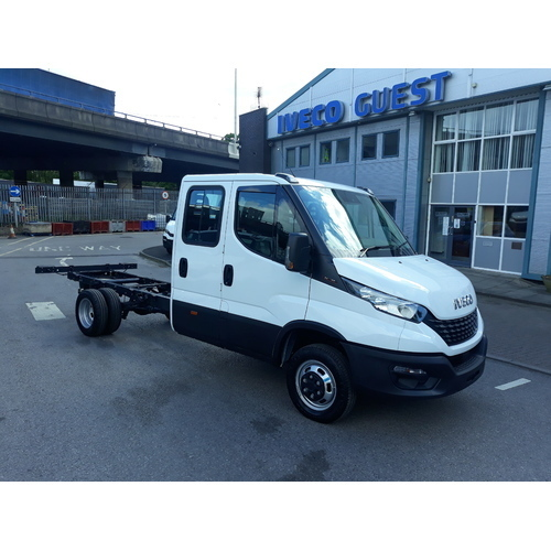 Iveco Daily MY19 50C16  Crew Cab Chassis 5,200kgs GVW - GUE000553